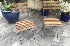 Stuhl mit Holzscheieli