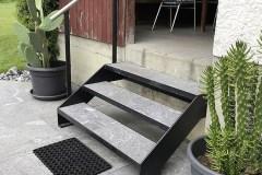 Treppe mit Steintritten